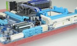 Gigabytes 890GX-moederbord getest