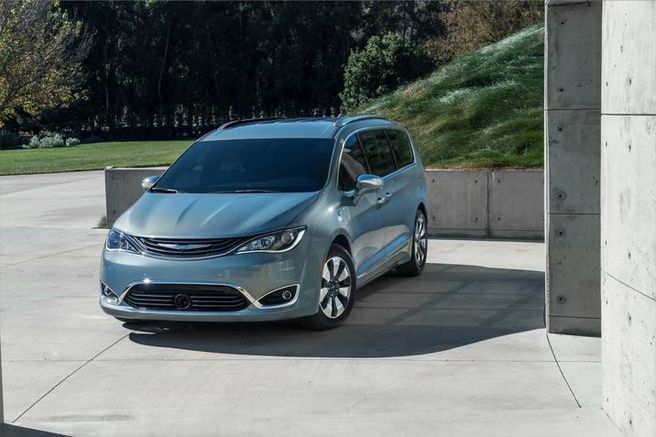 Fiat Chrysler Pacifica