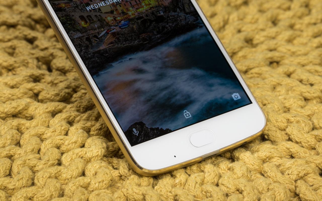 Moto Z2 Play productfoto's