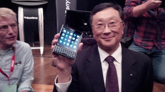 John Chen met BB Passport