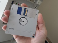 Floppydrive met sd-kaartlezer