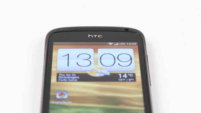 HTC One S - stills