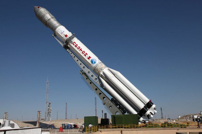 Proton-M raket