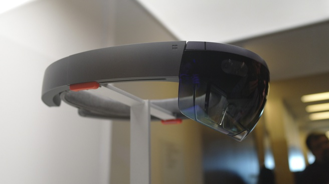 Microsoft HoloLens Build 2015