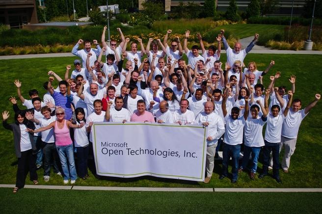 Microsoft Open Technologies groepsfoto