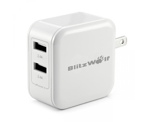BlitzWolf 24W Dual-Port Smart Wall Charger