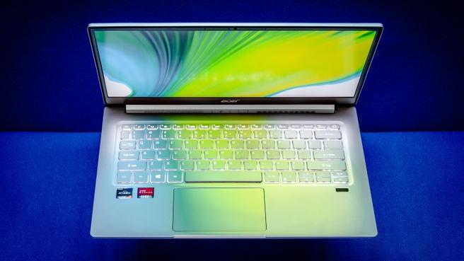 Acer Swift 3 blauw 2