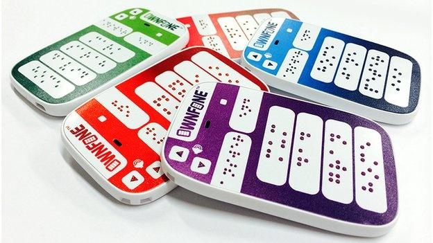 OwnFone telefoon met braille