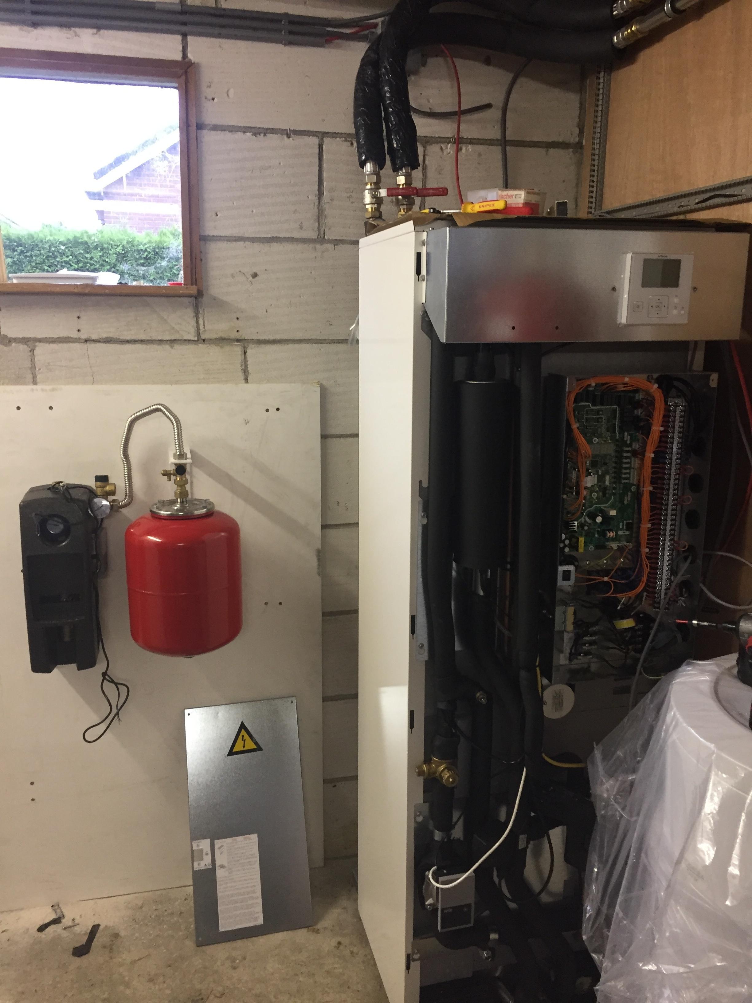 lucht water warmtepomp om mee te verwarmen en koelen 4 duurzame
