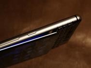 Scherm niet vastgelijmd op BlackBerry KEYone