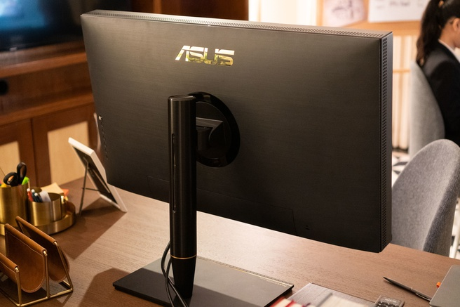 Asus ProArt Studio PA32UCX
