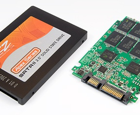 OCZ Apex 120GB behuizing en pcb