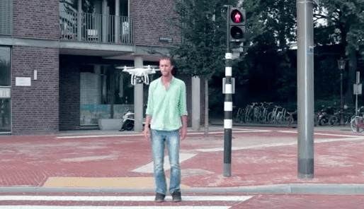 Mobiel cameratoezicht via drones (bron: De Speld)
