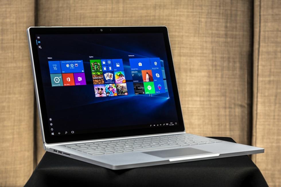 Microsoft Surface Book 2 13.5