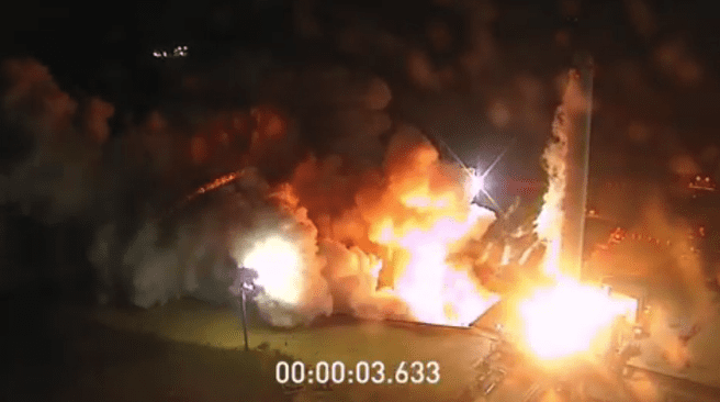 SpaceX Falcon Heavy static fire