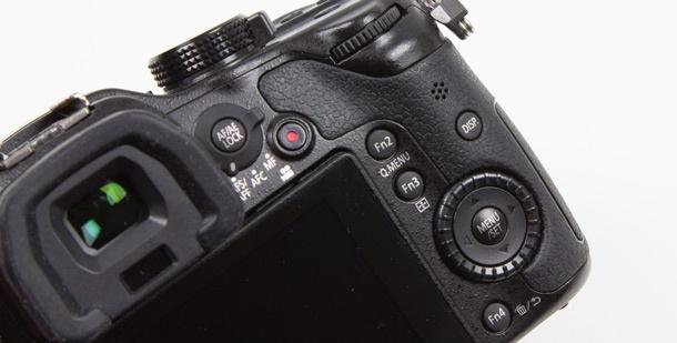 Panasonic Lumix GH3 knoppen achter